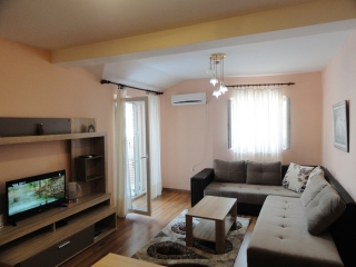Dvosobni apartman, Budva, XIII