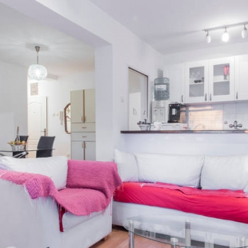 Jednoiposobni apartman, Novi Sad, Micurinova